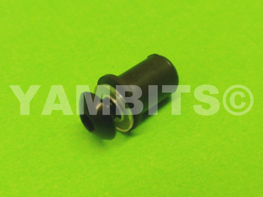 Fairing Panel 10mm Rubber Well Nut C/W Screw & Washer