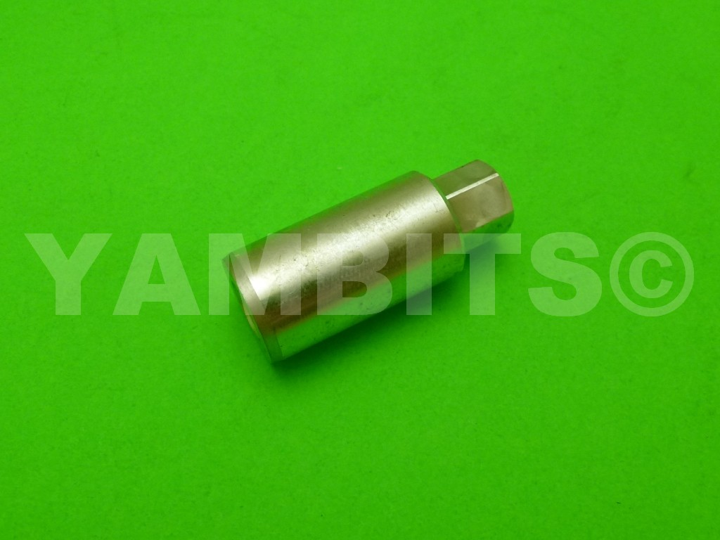XT500C Cylinder Barrel Nut