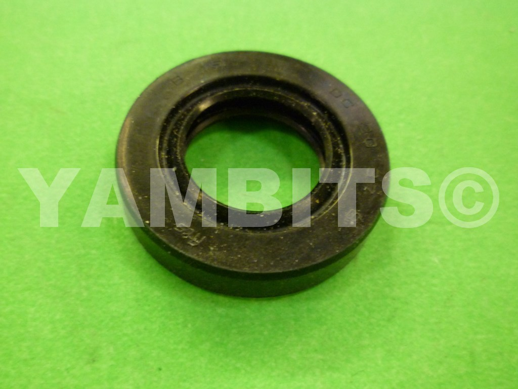 TY80 Wheel Seal Rear R/H