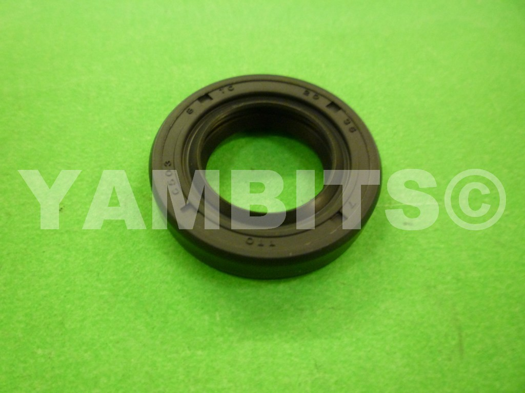 FS1SE Wheel Seal Front R/H