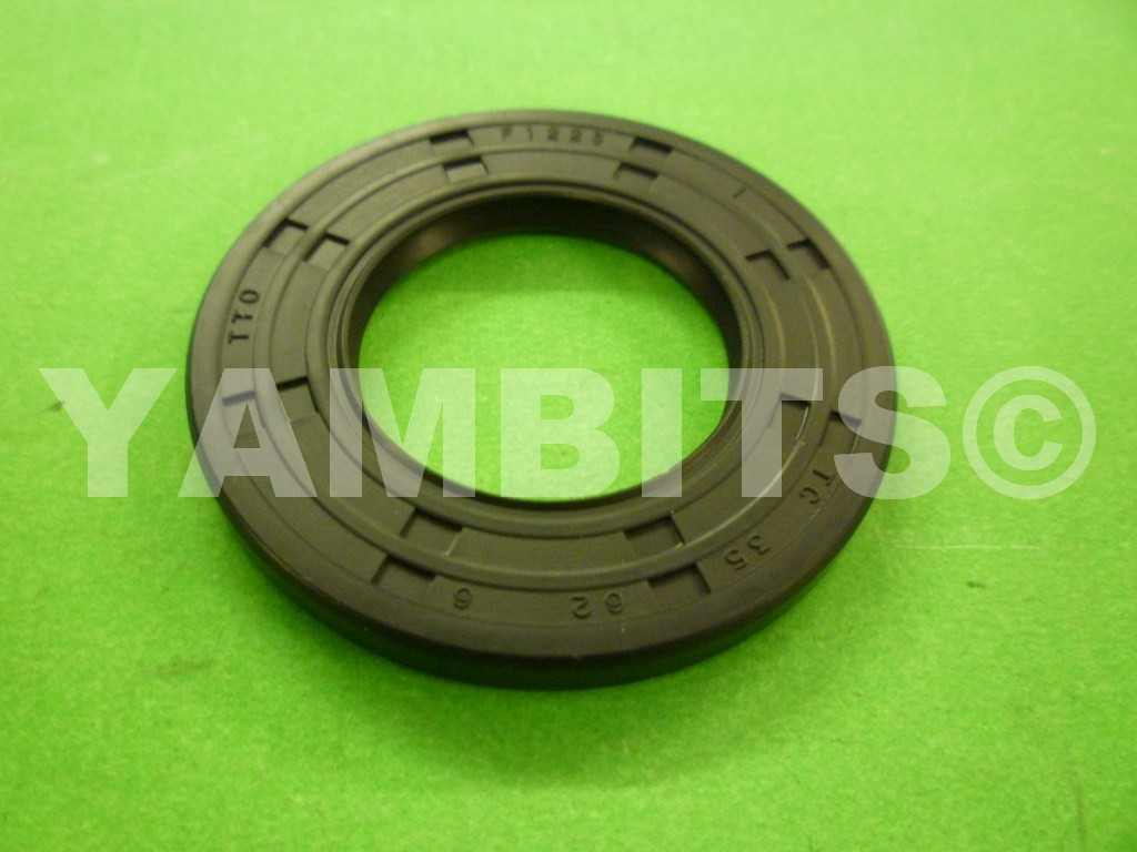 RD400E USA Gearbox Sprocket Oil Seal