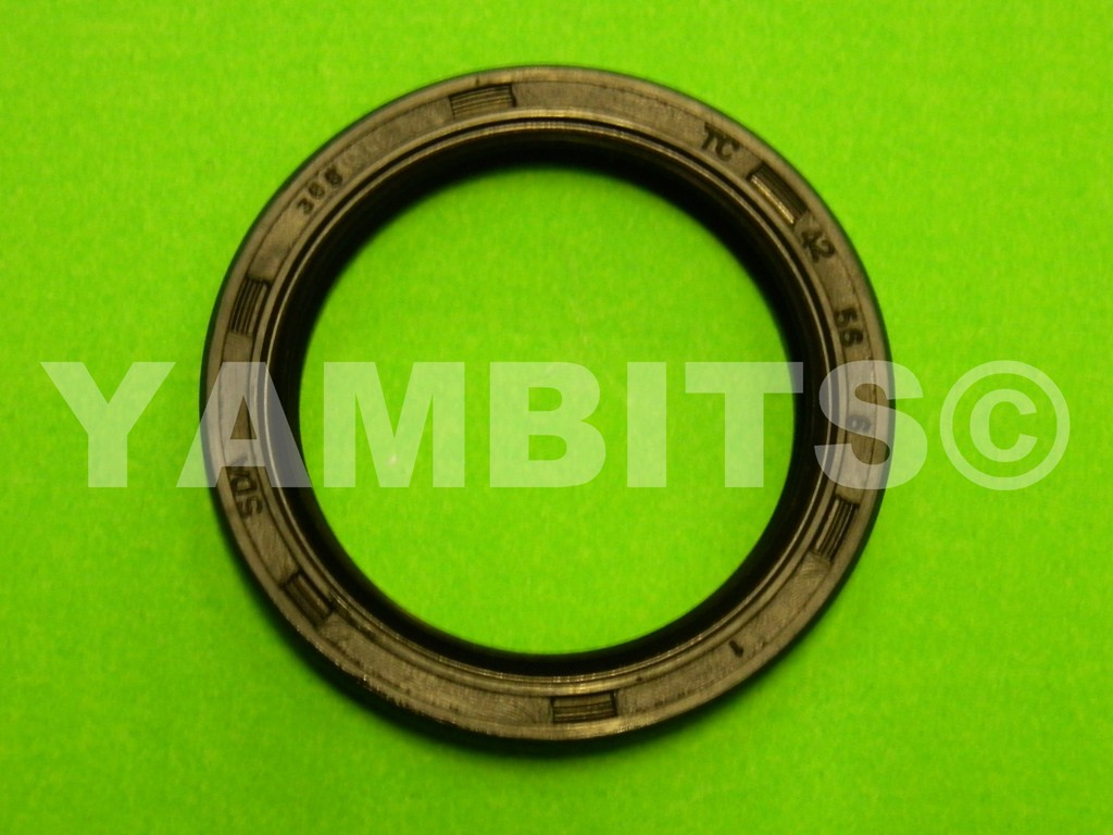 DT80MXS Wheel Seal Front L/H