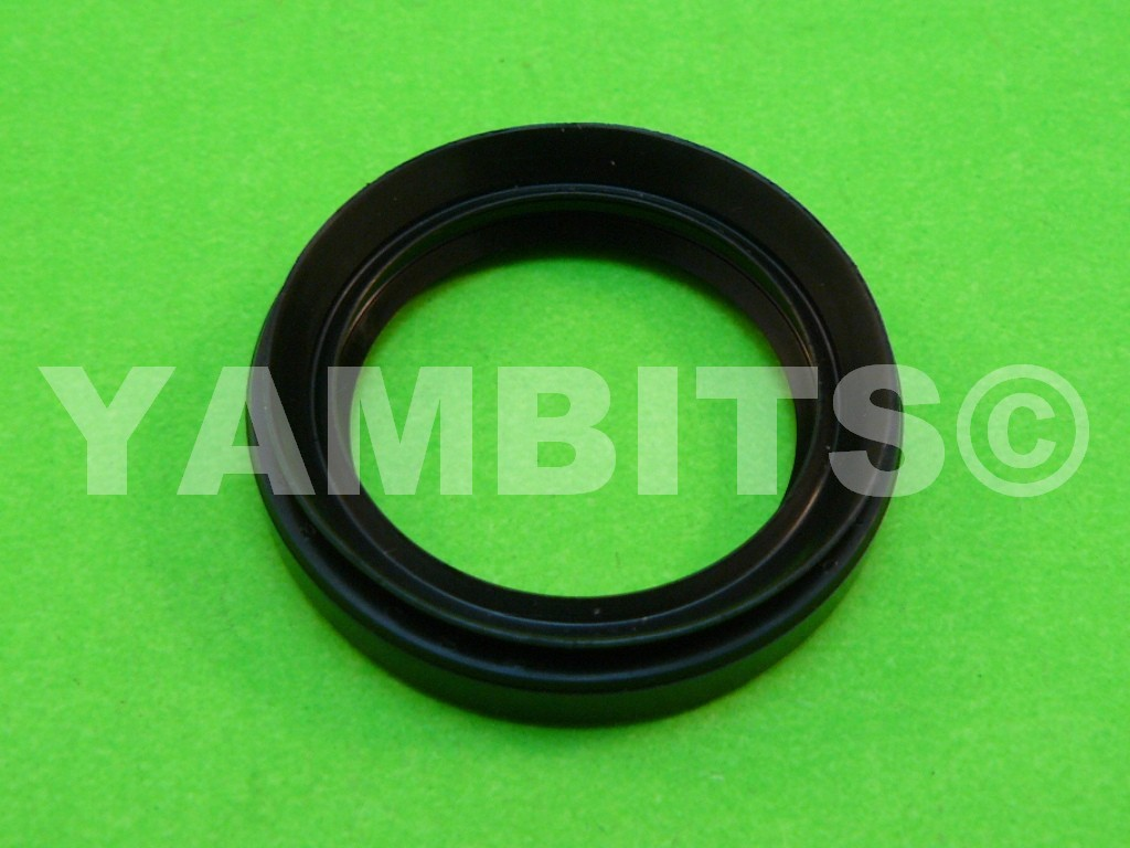 XS650 Starter Motor To Engine Oil Seal