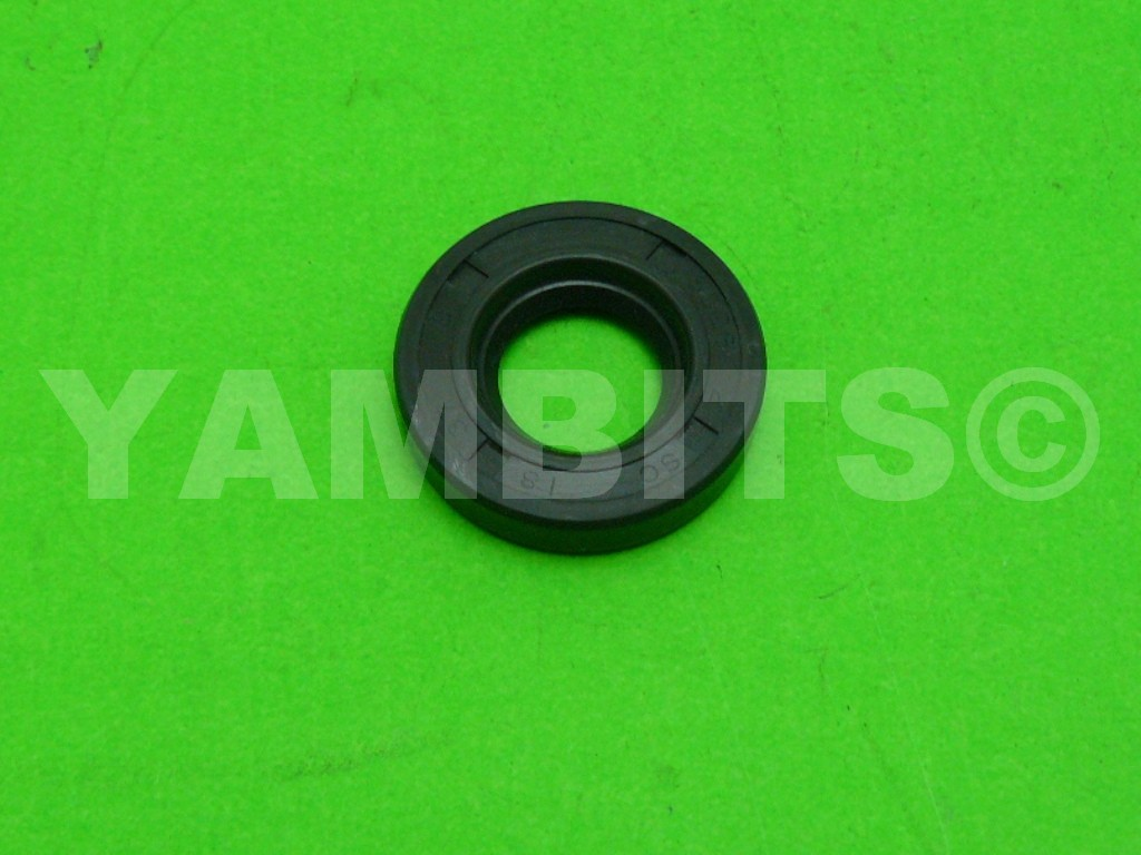 RD125 1975 Wheel Seal Front R/H (Drum)