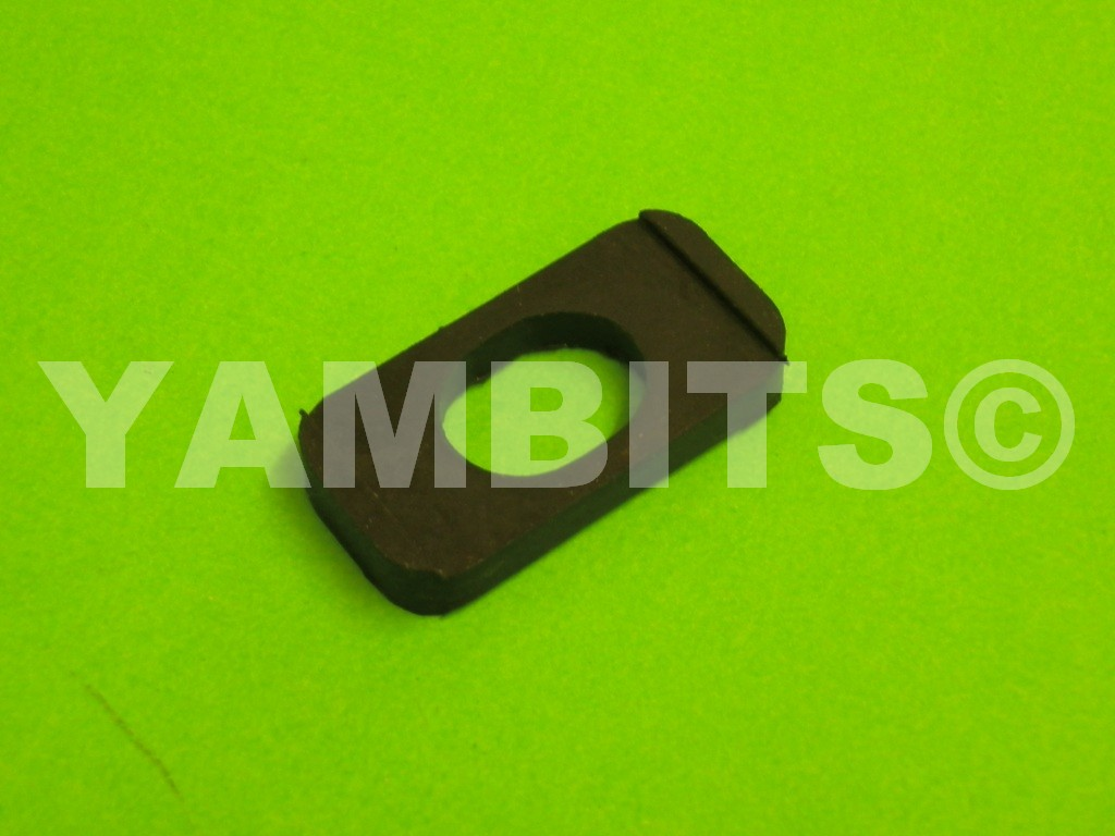 RD400E USA Fuel Tank Mounting Rubber Rear Upper