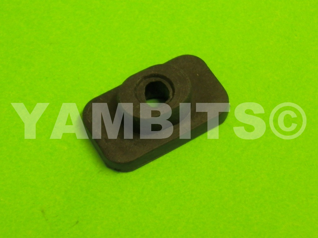 RD400E USA Fuel Tank Mounting Rubber Rear Lower