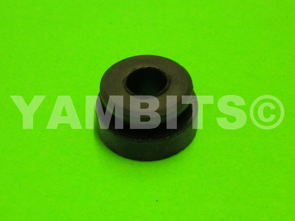 DT125MX Fuel Tank Mounting Rubber Rear