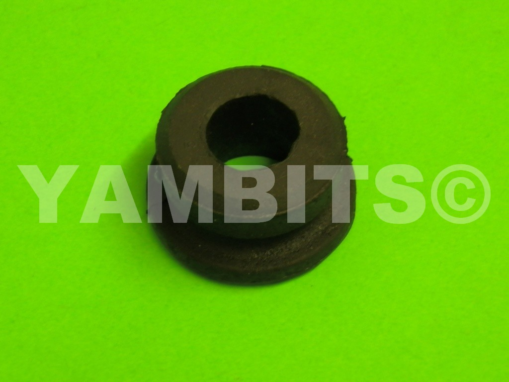 DT100 USA Fuel Tank Mounting Rubber Rear