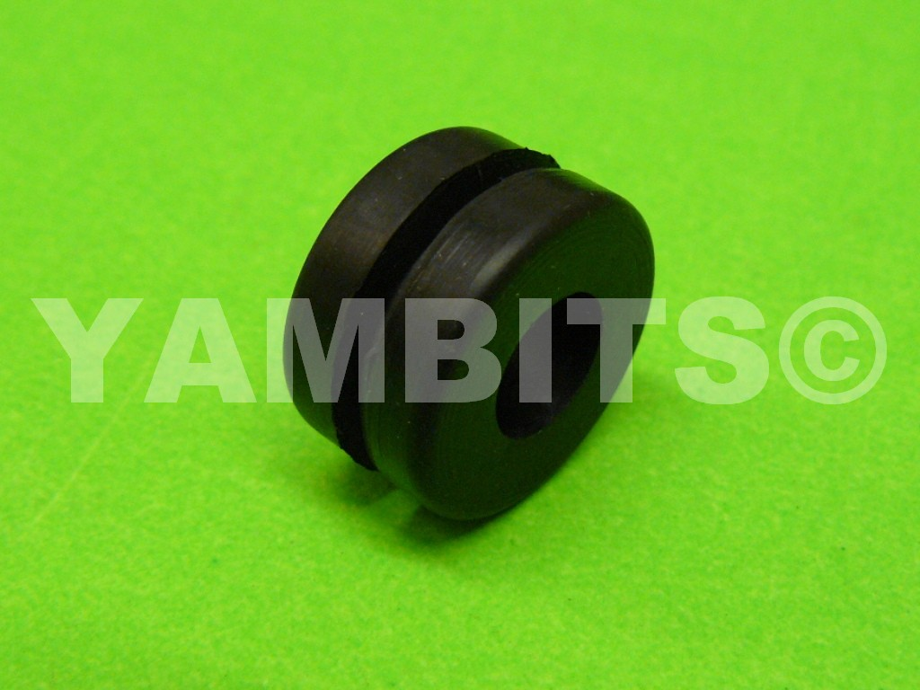 RZ500 Dashboard Bracket Damper Rubber