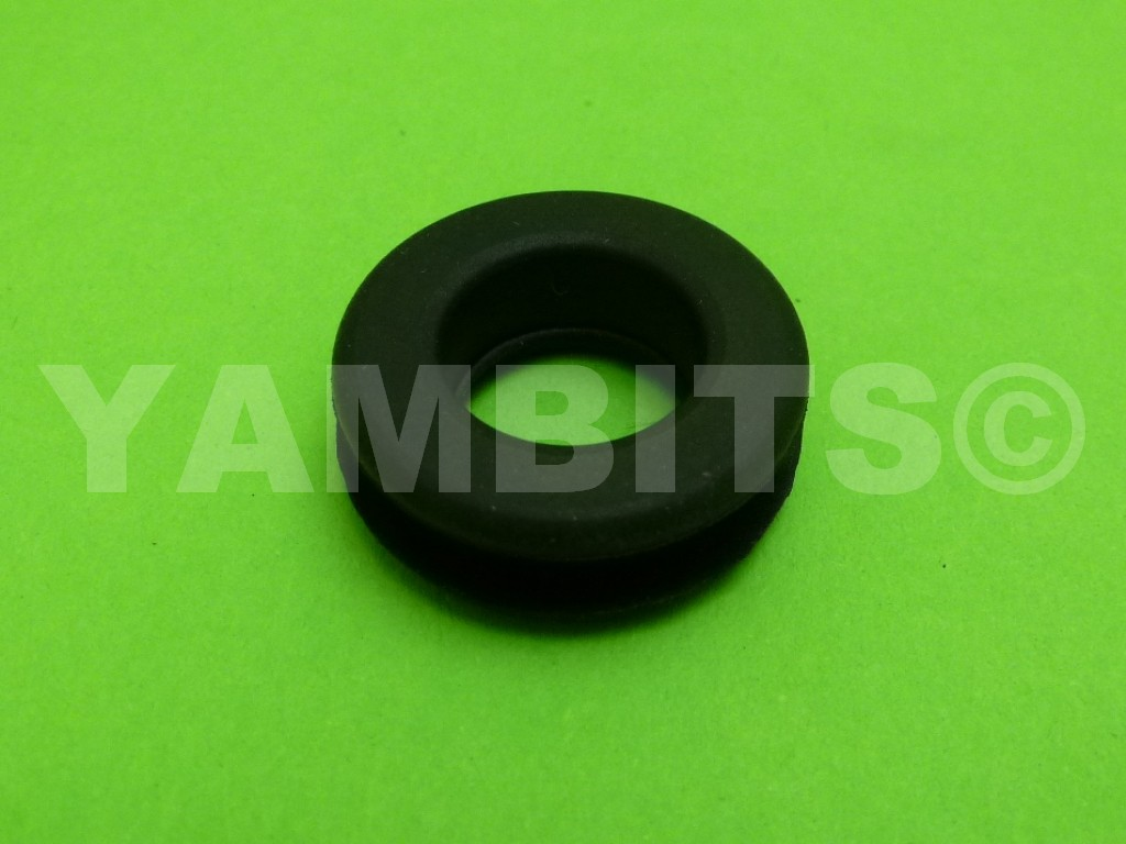 RD350 YPVS F1 Grab Rail Mounting Rubber