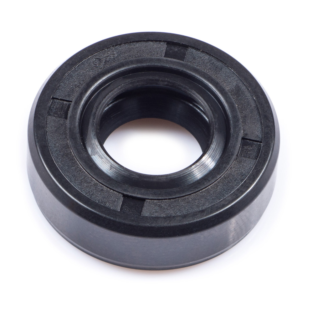 DT125E Oil Pump Drive Shaft Oil Seal
