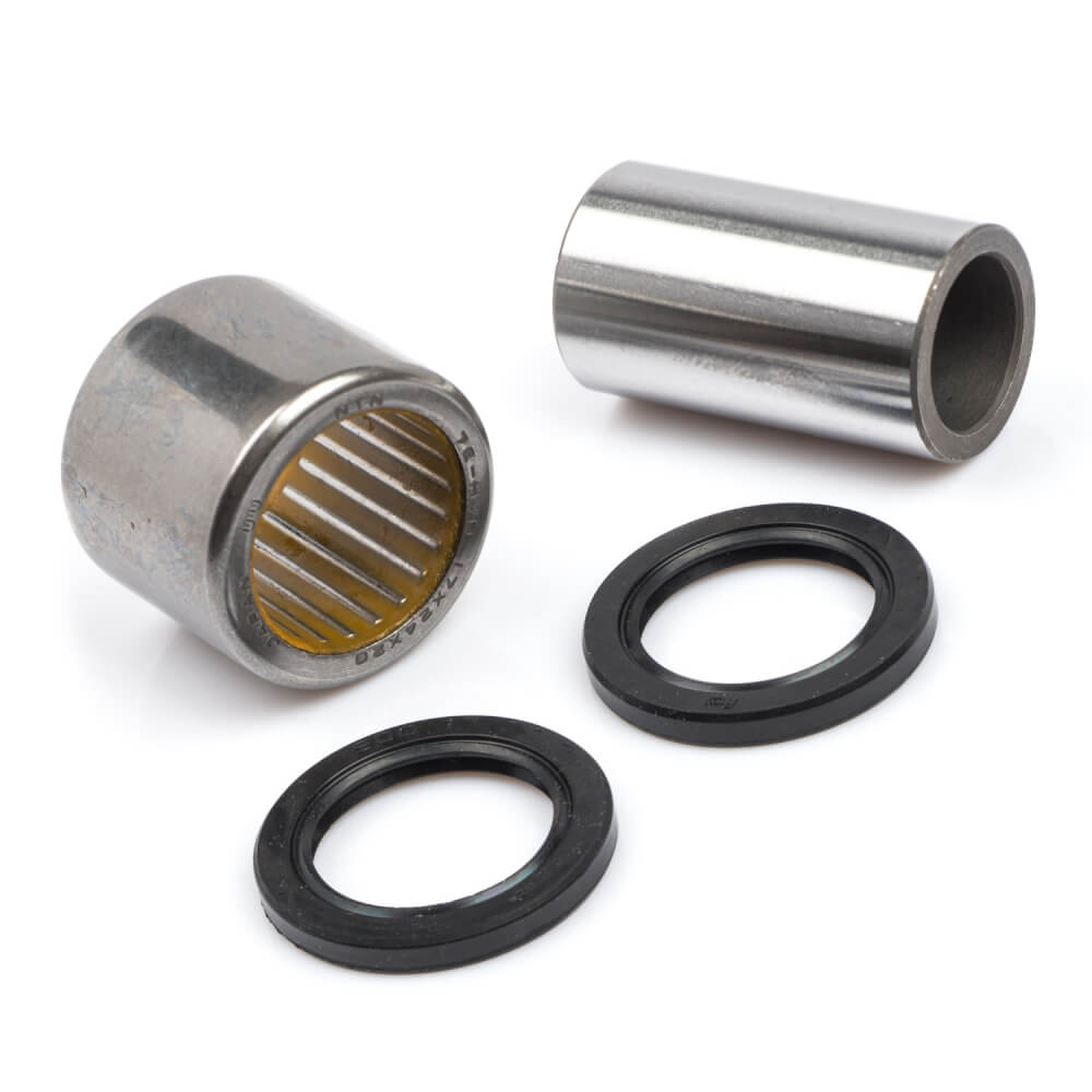 BT1100 Bulldog Shock Bearing Kit Lower